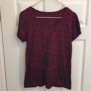 Lucky Brand small red & black top short sleeved